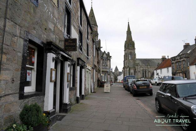 pub the bruce inn en falkland, escocia