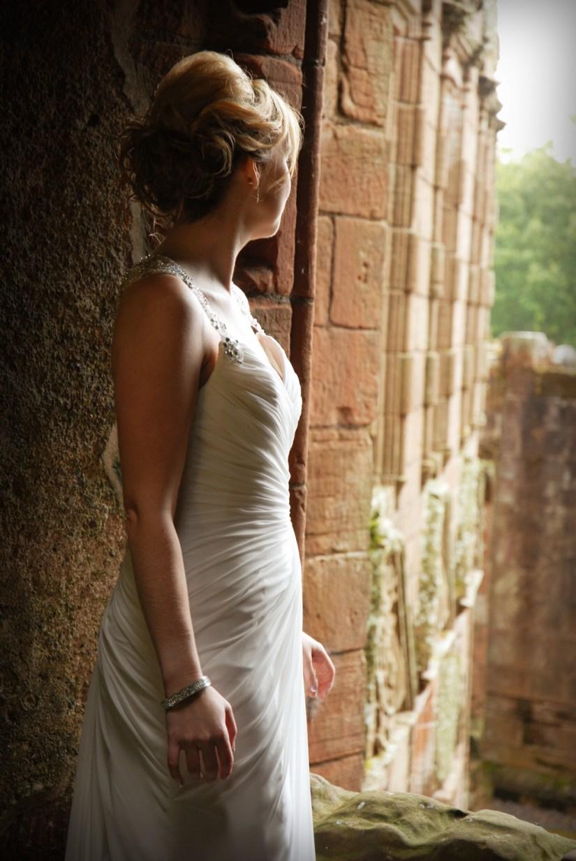 Mi amiga Leigh en su boda en el castillo de Caerlaverock