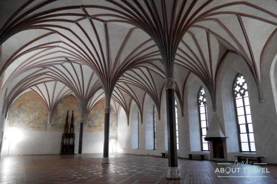 castillo medio del castillo de Malbork, Polonia
