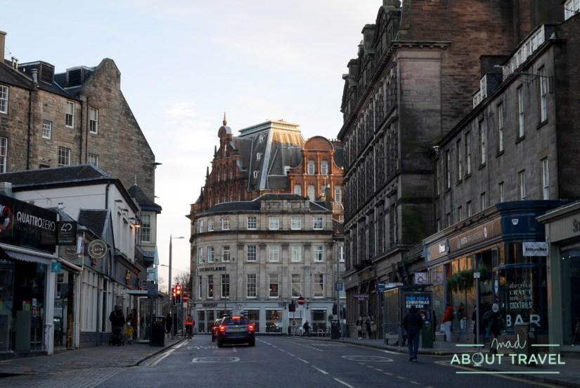 ciudad nueva de Edimburgo y hotel caledonian
