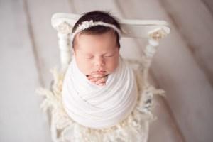 Sedinta foto de nou-nascut – Gloria la 26 de zile
