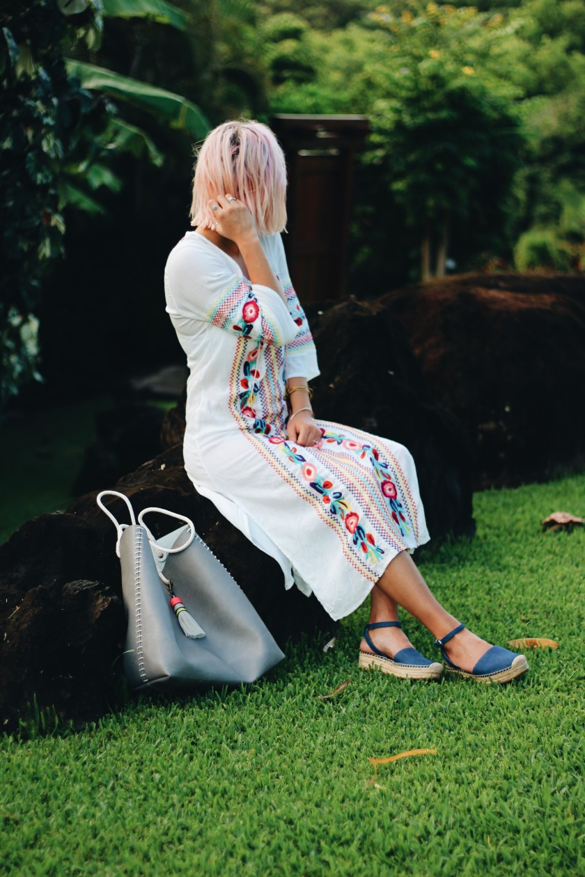 embroidered dress_denim espadrilles_1