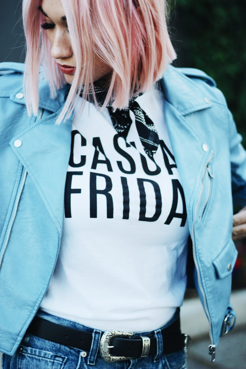blue-leather-jacket-casual-friday-5