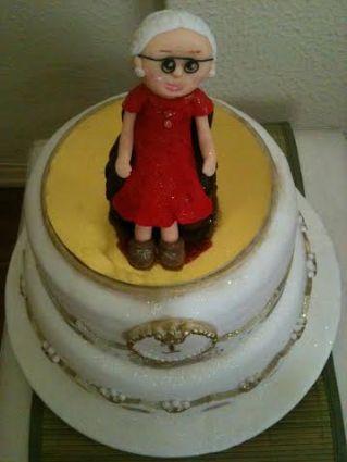 bolo decorado vovozinha (1)