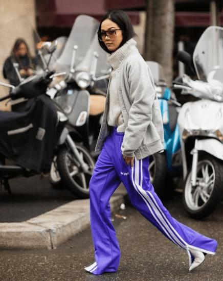 Porter le jogging en ville couleurs