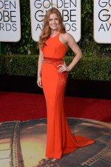 Amy Adams: vestido de Atelier Versace y joyas de Neil Lane