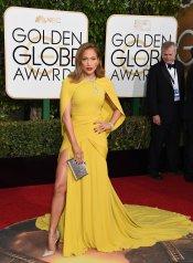 Jennifer Lopez: vestido de Giambattista Valli Couture, joyas de Harry Winston y zapatos de Jimmy Choo
