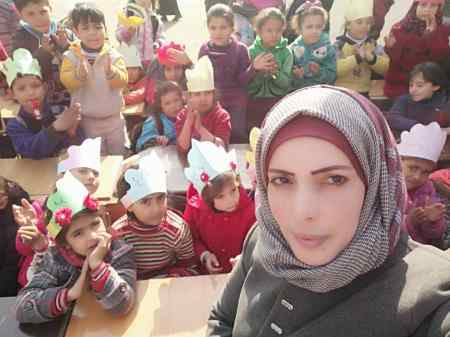 Ghaida-Hussein_Inspiring-Story-of-a-School-Fouder-for-Refugee-Kids-in-Syria_Save-The-Children_MadameSuccess