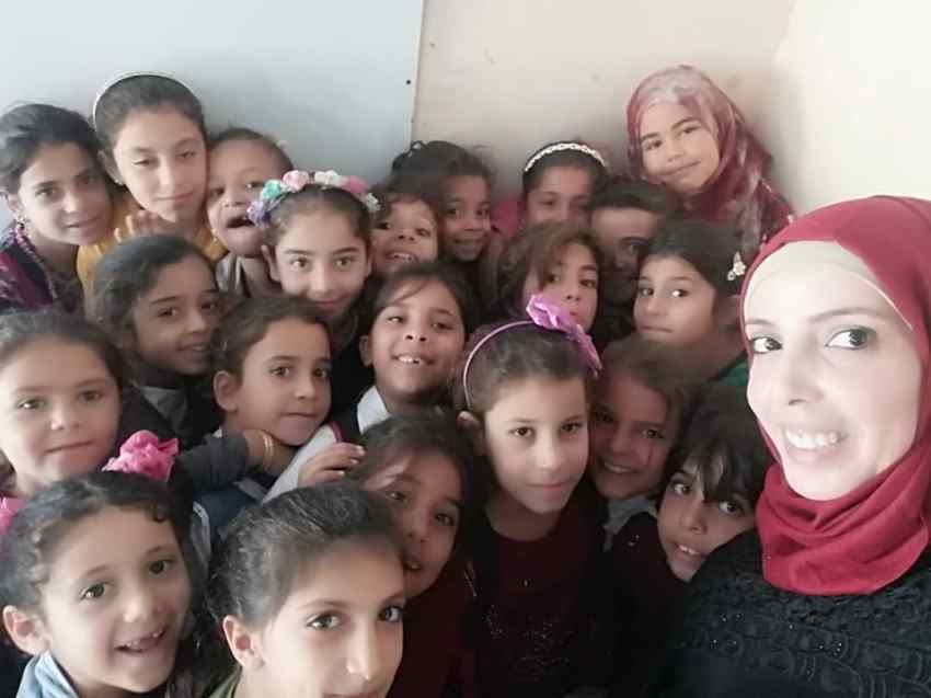 Inspiring-Story-of-Ghaida-Hussein_Finding-Solutions-for-Syrian-Refugee-Crisis_School-for-kids_Save-The-Children_MadameSuccess