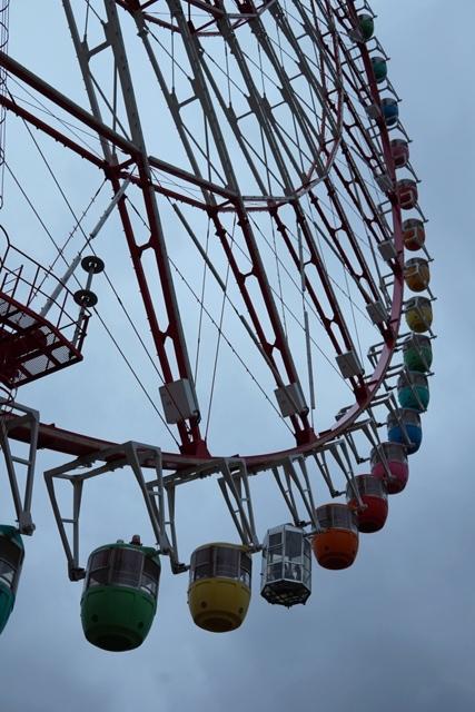 Ferris Wheel berketinggian 115 meter akan berputar 15 menit untuk melihat Odaiba dan Tokyo Bay