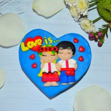 Сердце Love is