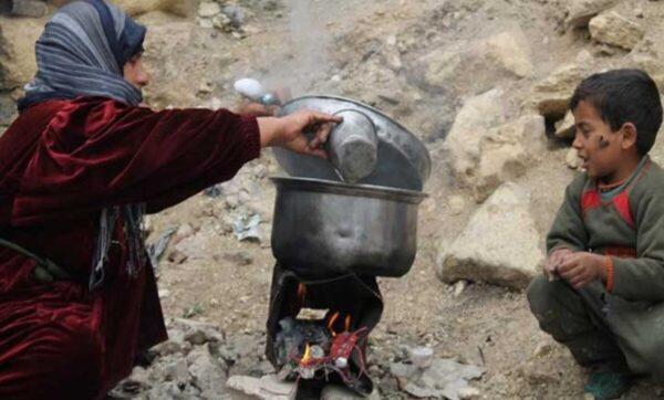 سوريون تحت خط الفقر سوريا - مواقع التواصل