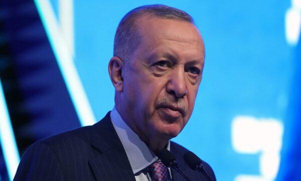 التركي رجب طيب أردوغان مواقع التواصل 1 600x362 - الليرة التركية في تحسن لافت بالتزامن مع كلمة للرئيس أردوغان - Mada Post
