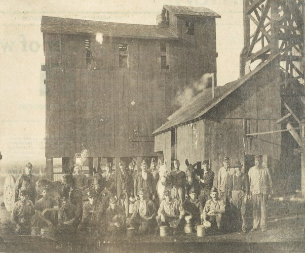 Brookside Coal Mine in Troy and employees, circa 1910