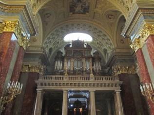 Organ at the Basilica