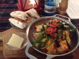 Veggie Eggs & Warm Bread