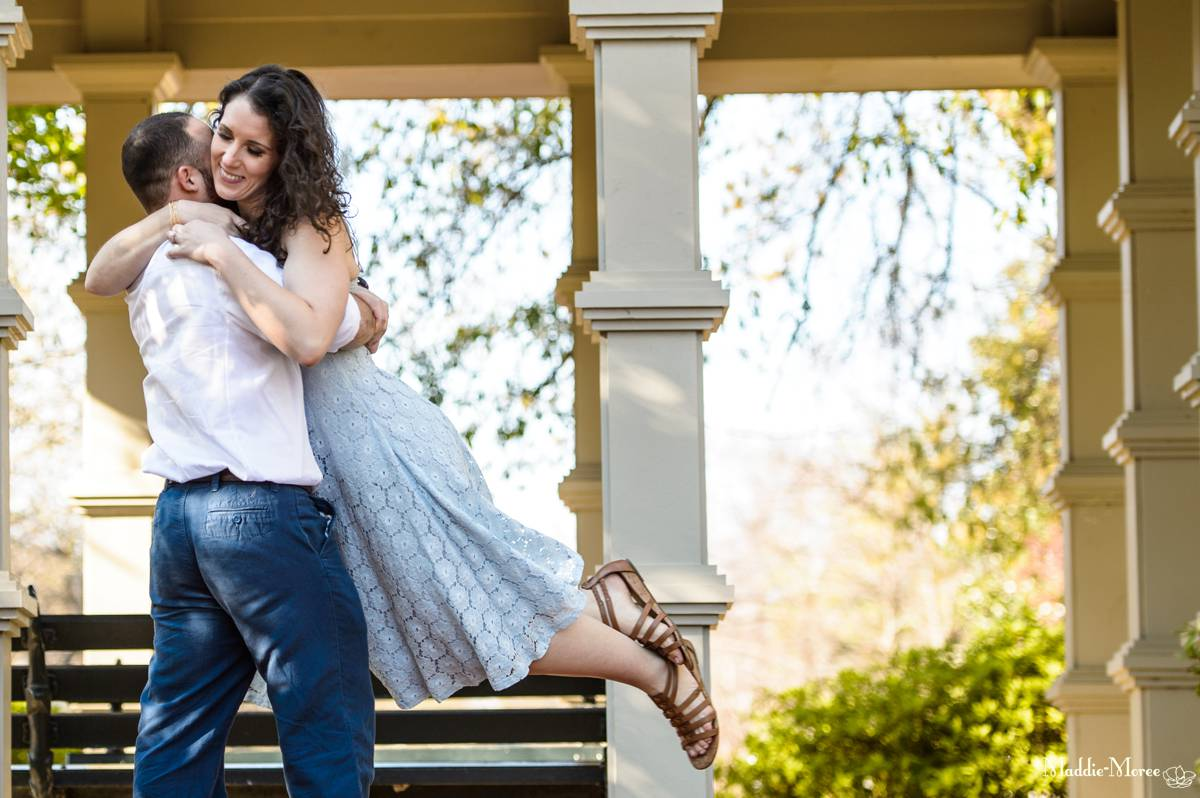 Love the twirly photos in the engagement session