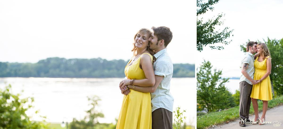 riverwalk couples photography