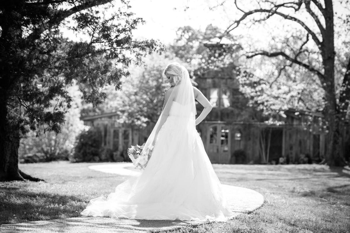 maddie moree bridal portrait