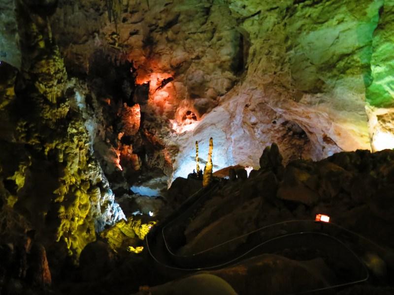 Photo Thursday - Exploring Carlsbad Caverns