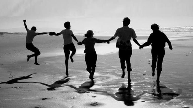 fakta anak kedua - Lebih mengedepankan persahabatan
