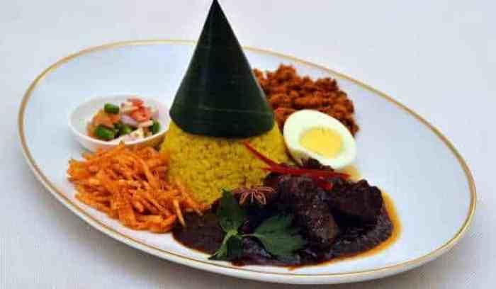 Resep Nasi Kuning Semur Daging