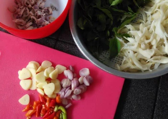 Resep Rawon Jamur Kuping Ala Vegetarian