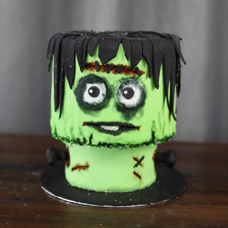 Frankenstein kake halloween