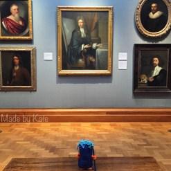 museum-goodbye-london-kate-alinari-tipo-strano