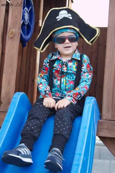 Piratenkragen