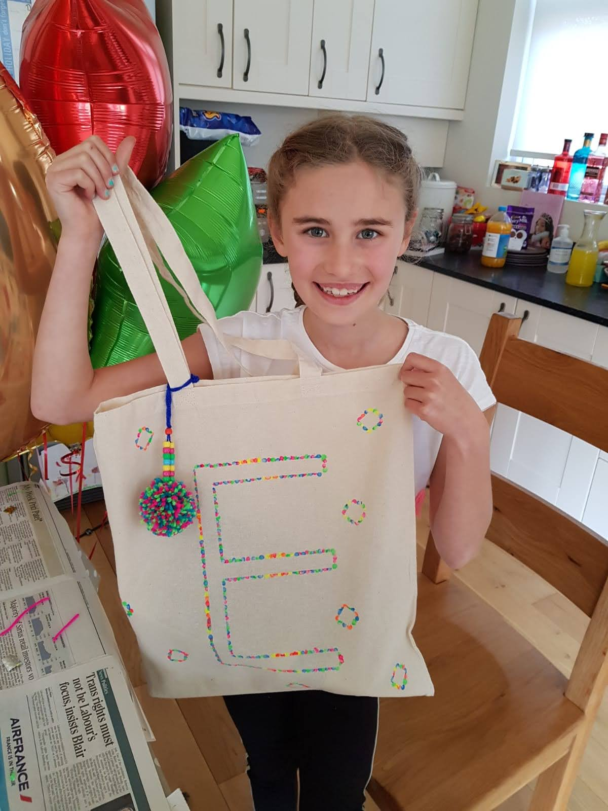 Virtual tote bag decorating craft party