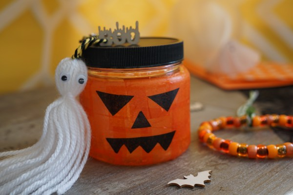 Ghost key ring and pumpkin lantern