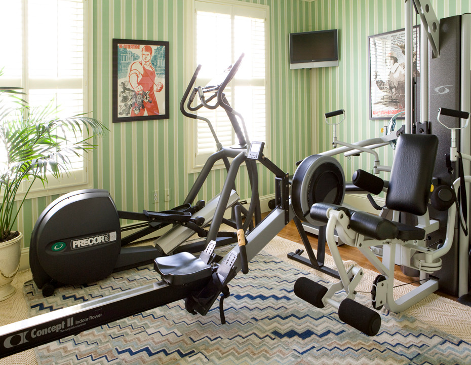 Baroque marcy weight bench in Home Gym Transitional with  next to  alongside  and Carpet Flooring