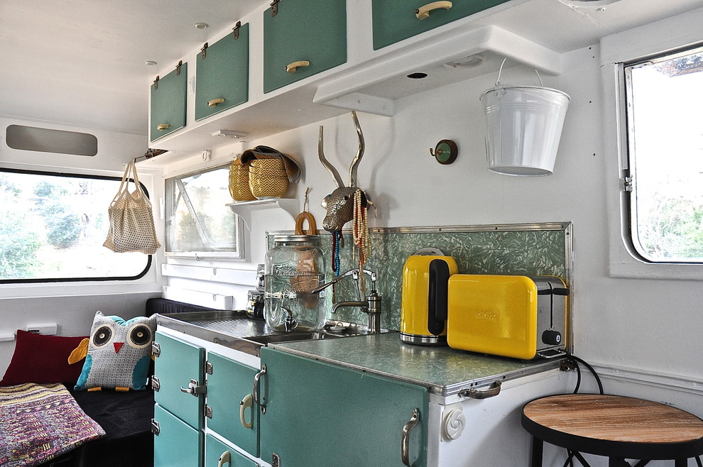 Chic kidkraft retro kitchen in Kitchen Eclectic with Exterior House Color Combinations  next to Popular Exterior Paint Colours  alongside Black Appliances  and Modern Office Interior Design