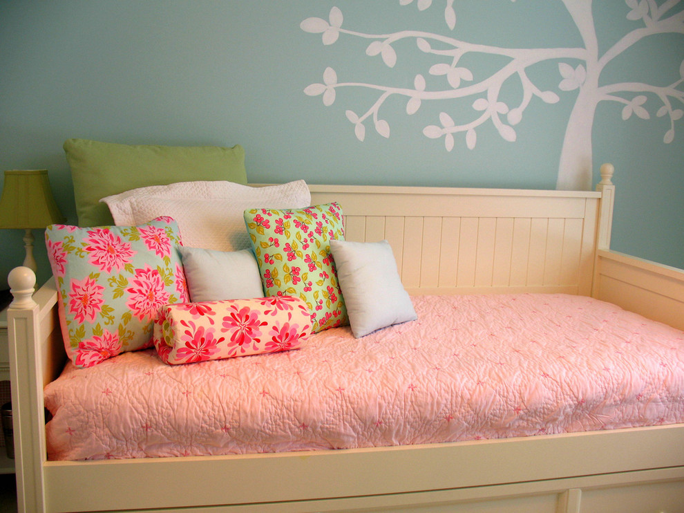 Magnificent daybed trundle in Kids Traditional with Ikea Daybed  next to Couch Bed  alongside Blue Girl Room  and Trundle Daybeds For Adults