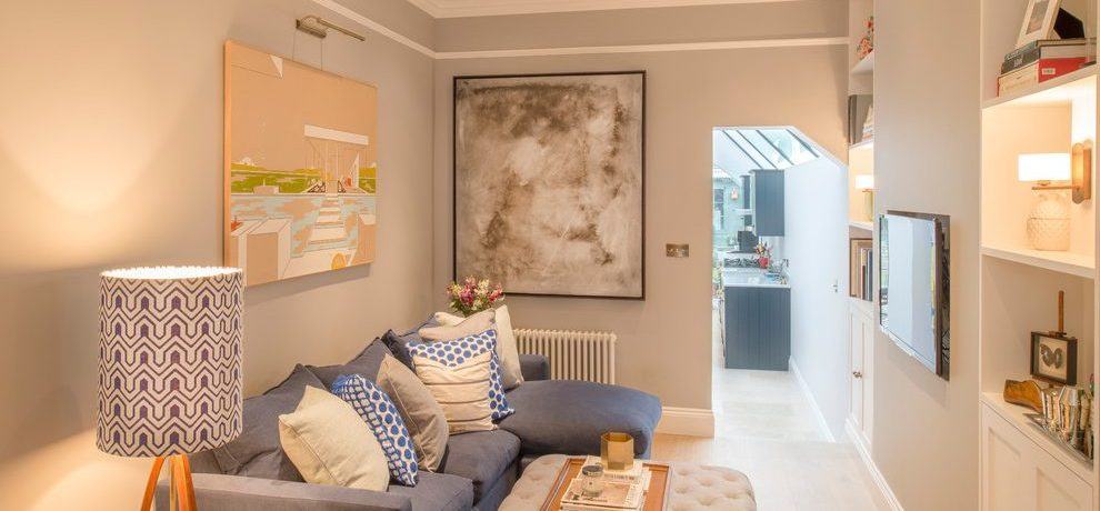 Wonderful sectional lamp in with grey walls and floor