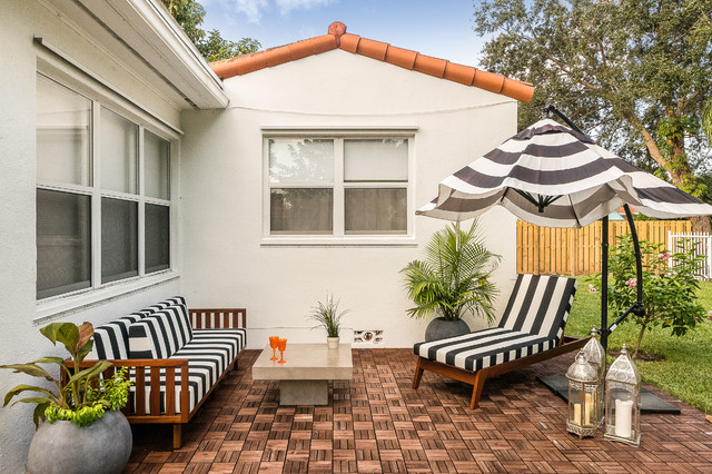 blooming black and white striped patio