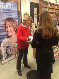Susse Wold signerer Bevægelse i Aarhus