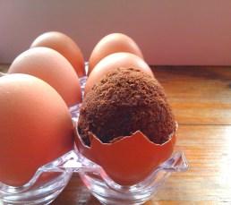 Brownie w jajku - jajko niespodzianka