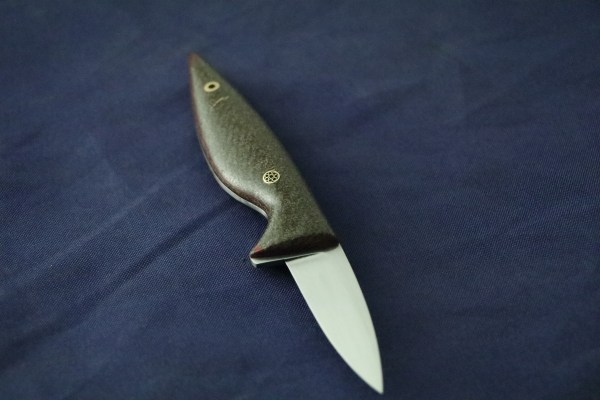 The flax fiber knife is limited to a 10 piece edition.