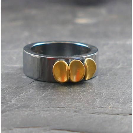 Jennifer Wall - Cluster ring, wide with 3 pods