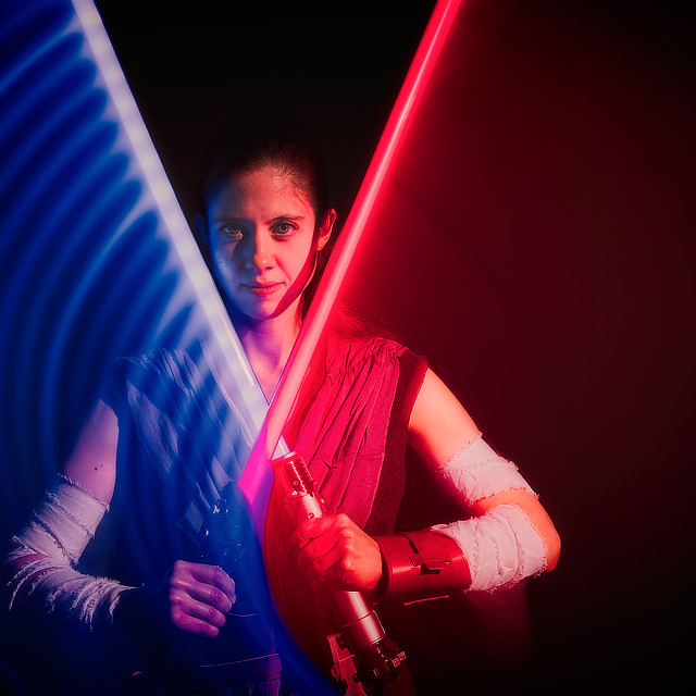 CAM EVANS INSPIRATION COSPLAY REY STAR WARS lightsaber Duel