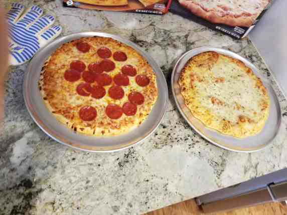 With so many flavors, pizza is easily a family favorite and makes everyone happy. Check out Red Baron pizza and more tips for reducing summer chaos at Made In A Pinch-min