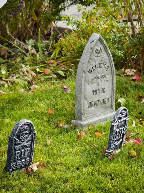 Tombstones make perfect scary Halloween decorations. For more easy scary Halloween decorations go to Made in a Pinch. Get more helpful tips and great recipes by following us on Pinterest!