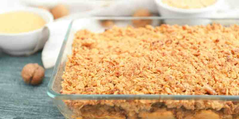 Most Indulgent Healthy Apple Crisp Recipe Ever