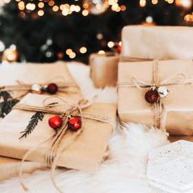 Avoid overspending during the holidays with these 7 tips