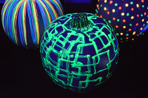 glow in the dark pumpkin painting ideas for kids