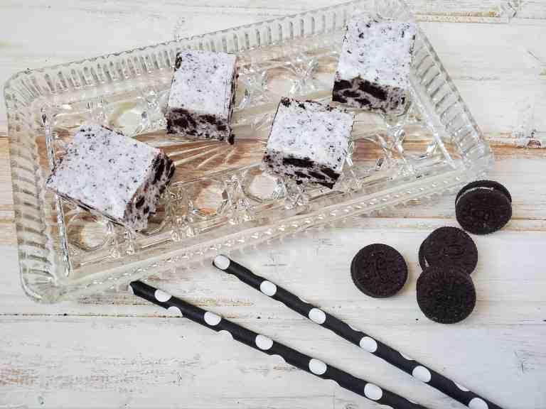 oreo cookie fudge cut in squares