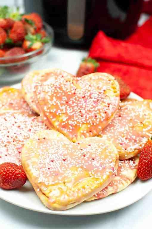 strawberry homemade pop tarts