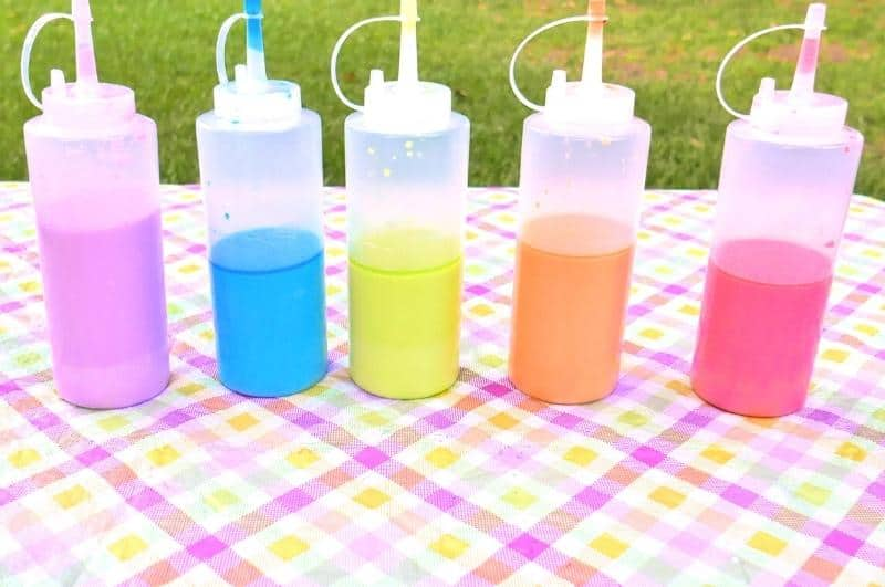 DIY sidewalk chalk paint in bottles